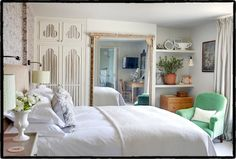 The George in Rye is a luxury hotel in East Sussex. Master Bedroom Design, Home Bedroom, Bedrooms, The George In Rye, Floor To Ceiling Bookshelves, Boutique Hotel Room, Maine, Queen Room, Superior Room