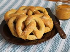 Soft pretzels are just about perfect. They're chewy, salty and great with everything from a beer to a salad. The thing is: they're chewy. And gluten-free flour doesn't do chewy well. But this year I decided I didn't want to go through another football season or Oktoberfest without a soft pretzel. So I headed into …