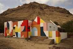 eltono: the french artist who painted the lopes family home on cape verde eltono talks about his creative process with designboom. The post eltono: the french artist who painted the lopes family home on cape verde appeared first on designboom Murals Street Art, Mural Wall Art, Mural Painting, Environmental Graphics, Environmental Design, Graffiti, Cap Vert, Arte Popular, French Artists
