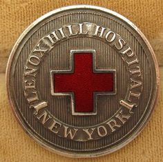 Lenox Hill Hospital SON, NY, NY Lenox Hill, Nursing Pins, Ny Ny, Nursing Schools, Nurse Stuff, Challenge Coins, Vintage Pins, Badges, Schools For Nursing