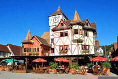 Blumenau - Santa Catarina - Além da tradicional Oktoberfest, a cidade oferece opções de roteiros históricos que entretêm milhares de turistas que visitam o Médio Vale do Itajaí durante todo o ano.