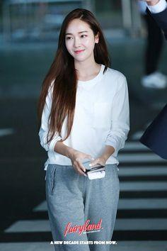 Snsd Fashion, Teen Fashion, Korean Fashion, Jessica & Krystal, Jessica Lee, Kim Hyoyeon, Yoona, Girls Generation Jessica, Jessica Jung Fashion
