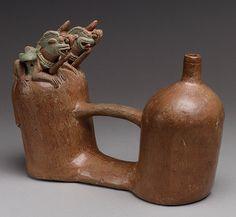 Cámara doble silba Botella [Ecuador; Bahía] (1988.117.7) | Heilbrunn Cronología de la Historia del Arte | El Museo Metropolitano de Arte