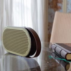 #jetlag #entertainment been up since 04.00 AM listening to classic #rock #music on the #danish made #dali #katch @dalispeakers #speaker while writing on the #leicam10 article coming up. Best portable speaker #thorstenovergaard