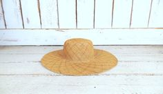 Tan brown straw floppy sun hat/vintage 90s woven gardening hat/beach hat by GreenCanyonTradingCo on Etsy