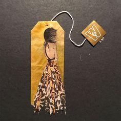Si vous ne savez pas quoi faire de vos sachets de thé usagés (à part les jeter bien sûr), cette artiste philippine va peut-être vous donner des idées. Avec grâce et délicatesse, elle arrive à peindre sur des vieux sachets de thé, ...