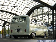 AirMighty.com: hava soğutmalı VW Sitesi - 60 Yıl Type 2 - Uluslararası VW Bus Toplantısı