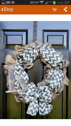 A berlap reef for your front door! (Customizable)