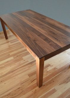 Monkey wid a fez Custom Made Solid Walnut Dining Table - a nice traditional table design Daining Table, Diy Dining Room Table, Walnut Dining Table, Wooden Dining Tables, Dining Room Design, Wood Furniture Store, Walnut Furniture, Dining Furniture, Furniture Online