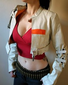 This was one of our earliest Apocalypse Jackets... I loved it!  Links below for more Vontoon... www.vontoon.com www.etsy.com/shop/vontoon youtube.com/c/vontoonleather  #vontoonleather #vontoon #leather #jacket #cropjacket #photography #steampunk #cosplay #cosplayer #handmade #burningman #costume #costumer #dystopia #postapocalyptic #apocalypse #wastelandweekend #wasteland #edcvegas #etsy #etsyshop