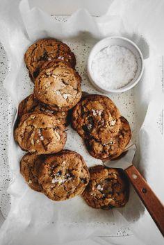 Vegan Chocolate Chip Walnut Cookies #foodphotography #foodstyling