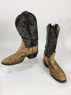 Urban or Country, you may love to wear classic cowboy boots! We're offering Mens Cowboy Western Boots by #TonyLama  in exotic Snakeskin and Leather. Size 11D Black Cognac