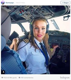 This Stunningly Beautiful Pilot Will Make Sure You're Never Afraid Of Flying Again - Meet Malin Rydqvist, The Sexiest Pilot Ever Christina Milian, Spieth Und Wensky, Stunningly Beautiful, Beautiful Women, Beckham, Jonathan Cohen, Female Pilot, Aviators Women, Military Aircraft
