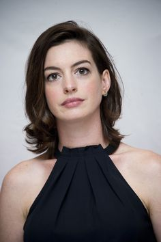 "Aug 29 | ""The Intern"" New York Photocall - HQ 025 - Anne Hathaway Source"