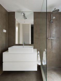 Reforma De Vivienda En Paseo Bonanova - Picture gallery #ideas #baño #revestimiento #MicroCemento