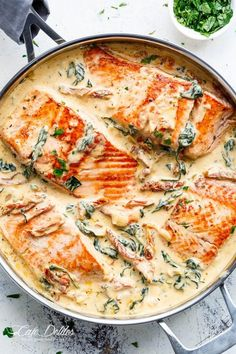 TRES BON - Creamy Garlic Butter Tuscan Salmon is a restaurant quality salmon recipe in a beautiful creamy Tuscan sauce! Pan seared Salmon in a creamy sauce filled with garlic, sun dried tomatoes, spinach and parmesan cheese. Packed with SO MUCH FLAVOUR! Fish Recipes, Seafood Recipes, Dinner Recipes, Cooking Recipes, Healthy Recipes, Healthy Foods, Dinner Ideas, Healthy Heart, Whole30 Recipes
