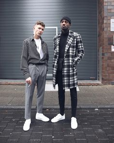 Menswear Outfit - Collection Urban fashion outfits, menswear, streetwear, high fashion - everything your heart desires. Black Men Street Fashion, High Fashion Men, Urban Fashion Men, Men Looks, Urban Style Outfits, Fashion Outfits, Trench Coat Men, Stylish Mens Outfits, Male Model