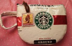 Pomponsparty - starbucks mug coin purse - made from recycled coffee bag