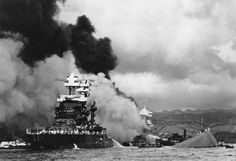 USS Maryland (left) still afloat. USS West Virginia (center) beginning to sink! USS Oklahoma (right) capsized. Pearl Harbor Hawaii, Pearl Harbor Attack, Uss Maryland, Uss Oklahoma, Remember Pearl Harbor, Medal Of Honor Recipients, Uss Arizona, Imperial Japanese Navy, Navy Ships