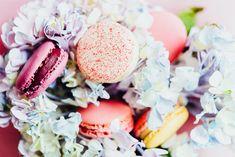 macarons Coffee Cake, Macarons, Desserts, Food, Tailgate Desserts, Deserts, Essen, Macaroons, Postres