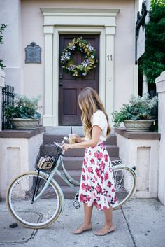 Gal Meets Glam The Summer Skirt - Cuyana top, BB Dakota skirt, Chloe flats and Chanel bag
