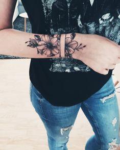 #popular #designs #tattoo #ideas #and25 Popular Tattoo Ideas And Designs25 Popular Tattoo Ideas And Designs Wrist Tattoo Cover Up, Cover Up Tattoos, Arm Band Tattoo, Body Art Tattoos, Tatoos, Tattoo Drawings, Wrist Tattoos For Women, Tattoos For Women Small, Small Tattoos
