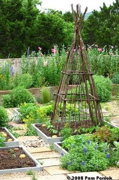 Potager Garden English style kitchen garden -- flower borders as a surround, and a variety of vegetables and herbs for cooking Potager Garden, Veg Garden, Garden Cottage, Garden Trellis, Edible Garden, Garden Beds, Garden Landscaping, Vegetable Gardening, Obelisk Trellis