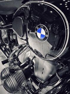 The best bmw vintage touring and adventure motorcycle no 95 Das beste BMW Vintage Touren- und Abenteuermotorrad Nr. Motos Bmw, Bmw Scrambler, Bmw Motorbikes, Bmw Boxer, Street Motorcycles, Vintage Motorcycles, Bmw Classic Cars, Classic Bikes, Bmw Vintage