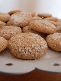 Last minute: karácsonyi kekszek néhány hozzávalóból Cookie Desserts, Cookie Recipes, Hungarian Recipes, Sweet Cakes, Confectionery, Pavlova, No Bake Cake, Chocolate Chip Cookies, Food To Make