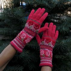 Colorwork  Estonian Muhu Gloves by Dom Klary by domklary on Etsy, $40.00