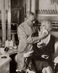 Historia del Maquillaje 1930