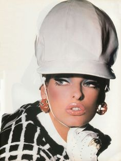 """Homage To D.R."", Vogue Italia, December 1990  Photographer: Steven Meisel  Model: Linda Evangelista"