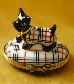 Limoges ~ Scottish Terrier, Burberry trinket box.