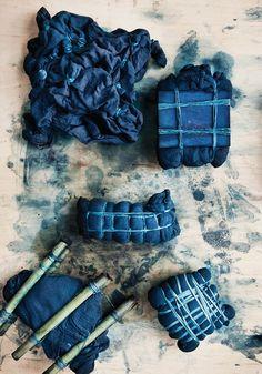 Class Alert: Shibori Dyeing with Indigo Class - Bloesem Natural Dye Fabric, Natural Dyeing, Textiles, Indigo Dye, Silk Painting, Arts And Crafts, Diy Crafts, Workshop, Style Inspiration
