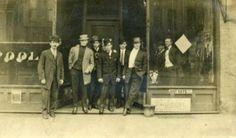 LaFleurs pool room 1910