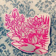 蓮の花大判になります。手紙の角に押すのもよし、コラージュの素材にするのもよし。|ハンドメイド、手作り、手仕事品の通販・販売・購入ならCreema。