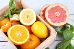 Citrus fruits such as lemon, orange etc. Heart Diet, Heart Healthy Diet, Healthy Diet Plans, Orange Peel Skin, Immune System Vitamins, Nutrition, Weight Loss Diet Plan, Grapefruit, Coach Sportif