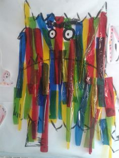 IDEA: Actividad con papel de pinocho. Cada color es una emoción Monster Activities, Preschool Activities, Kindergarten, Monster Book Of Monsters, Readers Theater, Eyfs, Arts And Crafts, Animation, Colours