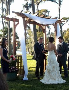 Rustic x wedding arch do it yourself home projects from ana white wedding arch solutioingenieria