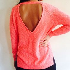 TOPSHOP SWEATER Cute pink sweater. Great condition. NO TRADES OFFERS WELCOME Topshop Sweaters