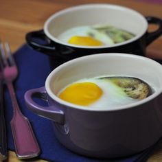 #healthy #breakfast. Stylish baked egg mini cocottes. Pic & Recipe by esskunst. http://esskunst.org/?p=1915