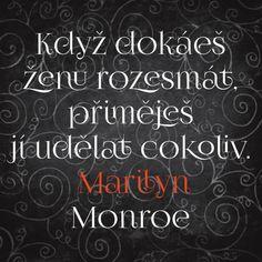 10 nejoblíbenějších citátů o lásce | UMĚNÍ MILOVAT.CZ Motto, Chalkboard Quotes, Art Quotes, Poetry, Love, Words, Marilyn Monroe, Icons, Amor