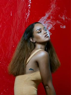 429   Confusion, clutter, and calamity. Rihanna's roll-out of new album 'ANTI' has been defined by all over the last year. And the mess shows no signs of let...