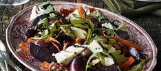 Paahdettu rypäle-punajuurisalaatti Cobb Salad, Salads, Beef, Cooking, Ethnic Recipes, Food, Xmas, Meat, Kitchen