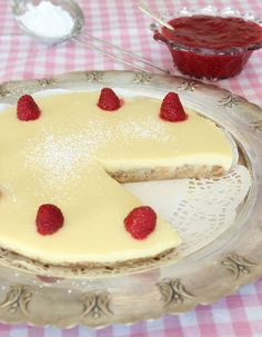 Lemon Curd Cheesecake, Frozen Cheesecake, Cookie Cake Pie, Swedish Recipes, Banana Cream, Sweet And Salty, Baked Goods, Sweet Tooth, Food Porn