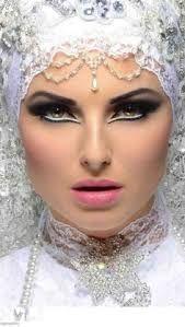 Resultado de imagem para white and silver makeup