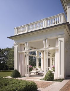 stunning covered porch / sunroom with balcony ♥ Chagrin Falls, Ohio Outdoor Rooms, Outdoor Living, Outdoor Seating, Indoor Outdoor, Outdoor Patios, Outdoor Curtains, Outdoor Kitchens, Future House, House Goals