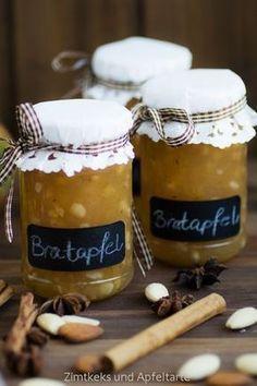 My baked apple jam - simple and delicious - cinnamon biscuits and Meine Bratapfel-Marmelade – einfach und lecker – Zimtkeks und Apfeltarte My baked apple jam – cinnamon biscuit and apple tart - Cinnamon Biscuits, Cinnamon Cookies, Comida Diy, Apple Jam, Pumpkin Spice Cupcakes, Vegetable Drinks, Baked Apples, Diy Food, Healthy Drinks