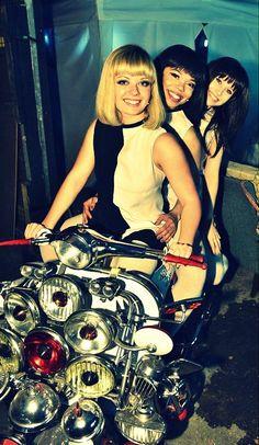 Keep it ska ! Retro Scooter, Lambretta Scooter, Vespa Scooters, Vespa Ape, Vintage Vespa, Vintage Cars, Vespa Girl, Scooter Girl, Mod Fashion