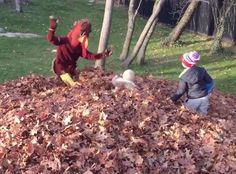Tom Brady Dresses As A Turkey On Thanksgiving And Scares His Kids